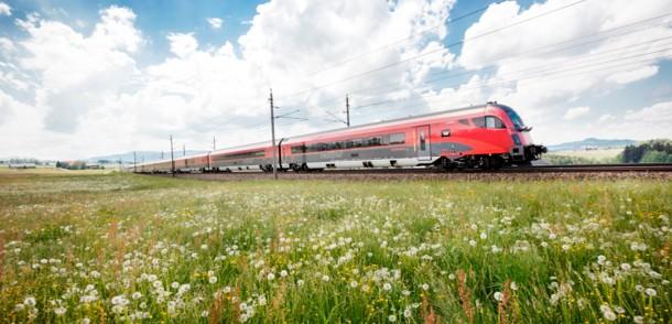 オーストリアの高速鉄道 レイルジェット