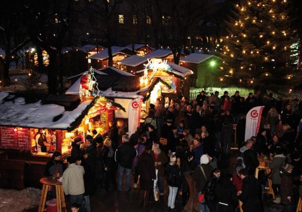 Weihnachtsdorf im Alltes AKH, Wien