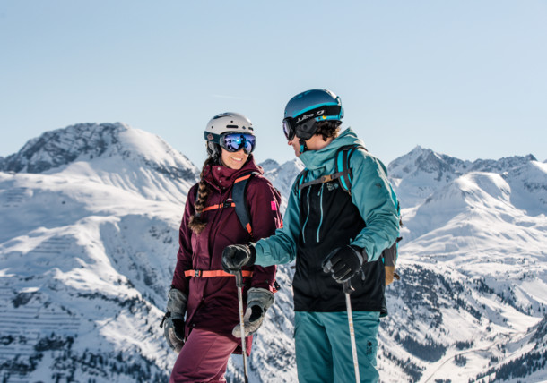 Skifahrer im Skigebiet Lech am Arlberg