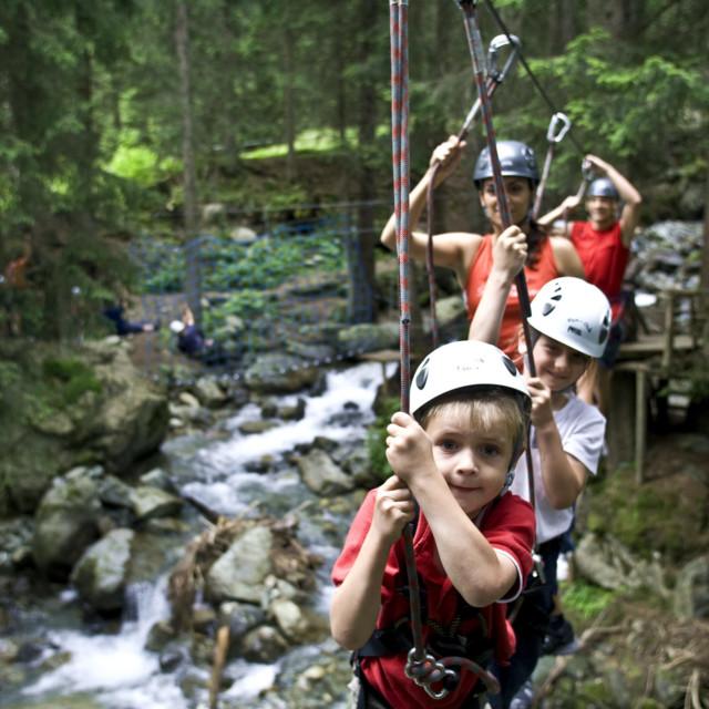 Kinder im Waldseilpark Golm