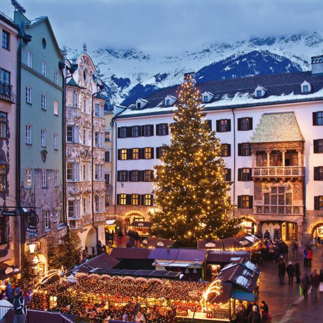 Christkindlmarkt in der Innsbrucker Altstadt