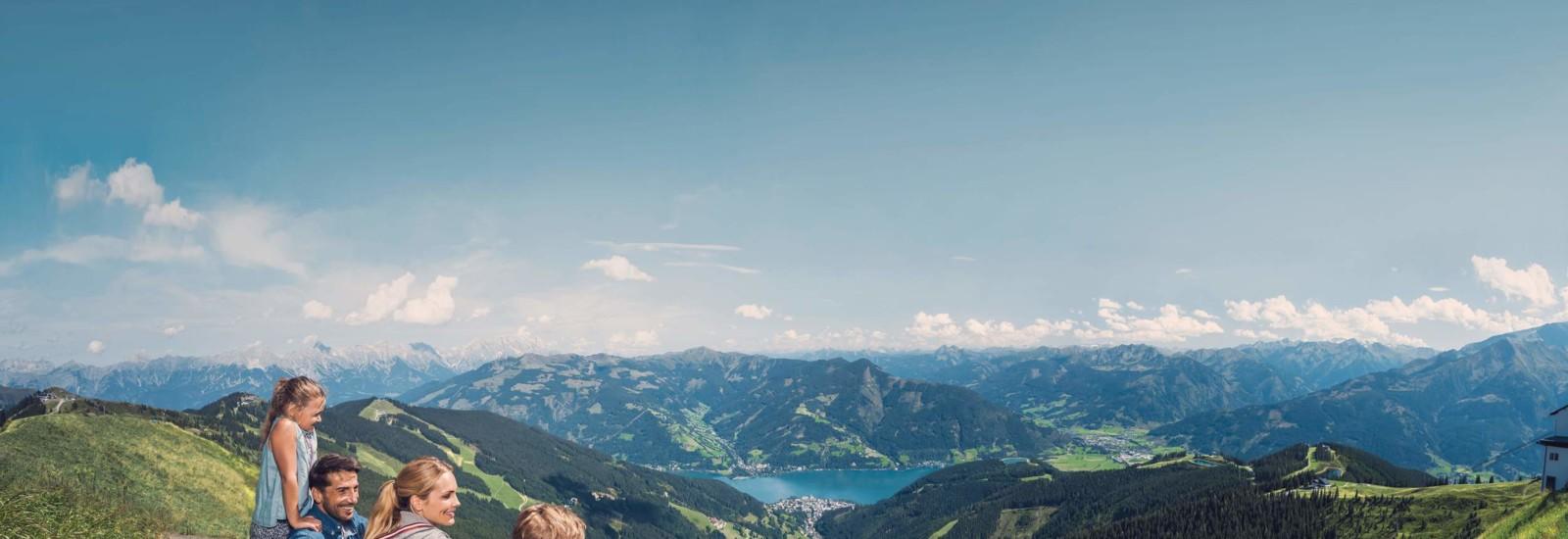 Blick von der Schmittenhöhe auf Zell am See
