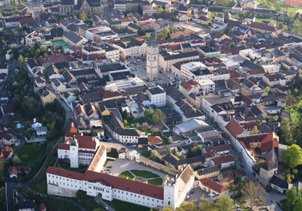 Enns mit Schloss und Stadtturm